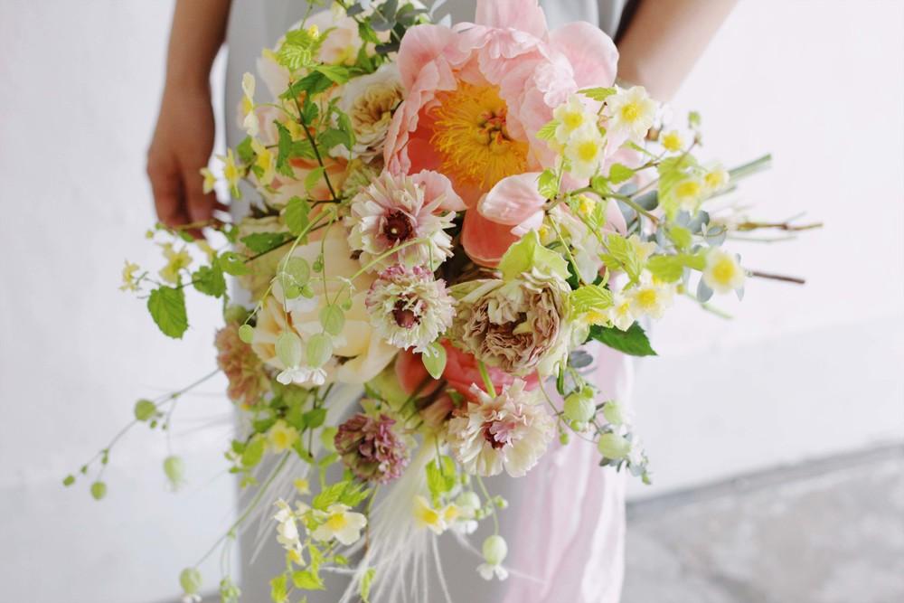 beek flowers芍薬のウェディングブーケ