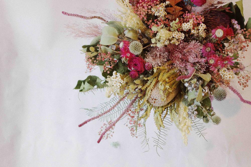 beek flowersワイルドフラワーのドライブーケ