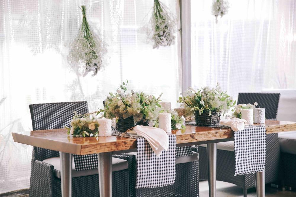 beek flowersカントリー調の結婚式二次会の装花
