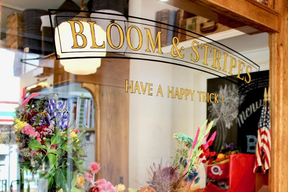 自由が丘の花屋「BLOOM&STRIPES」の店内の様子